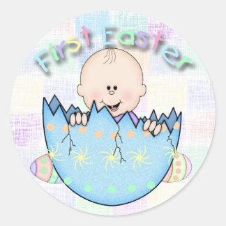 De Jongen van het Baby van de eerste Pasen om Stic