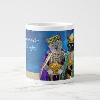 De JumboMok van drie Katjes van Koningen Grote Koffiekop
