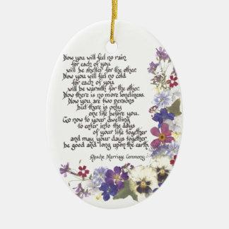 De kaarten van het huwelijk en giften keramisch ovaal ornament