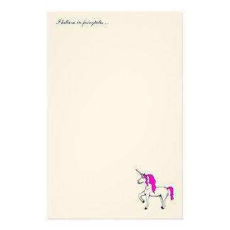 """De kantoorbehoeften van de """"eenhoorn"""" gpersonaliseerd briefpapier"""