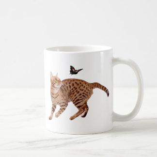 De Kat & de Vlinder van Ocicat Koffiemok