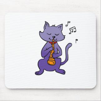 De kat van de cartoon het spelen fluit muismatten
