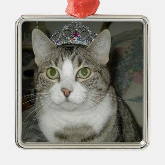 De Kat van de gestreepte kat in Kroon Zilverkleurig Vierkant Ornament