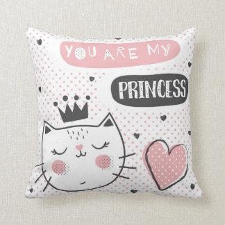 De kat van de prinses sierkussen