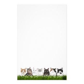 De katten van het kat in madeliefjes briefpapier