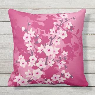 De kers komt Roze Bes Bloemen tot bloei Buitenkussen