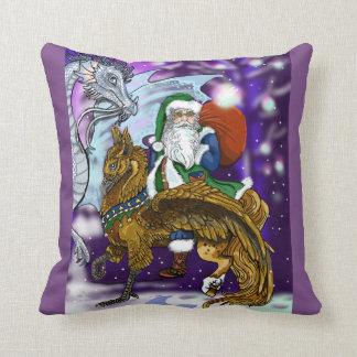 De Kerstman van Mythic Sierkussen