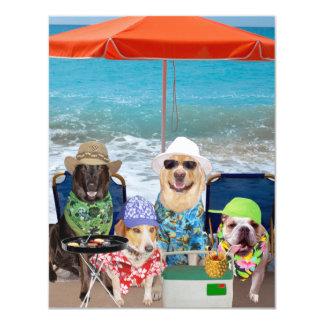 De klantgerichte Grappige Honden nodigen Dag bij 10,8x13,9 Uitnodiging Kaart