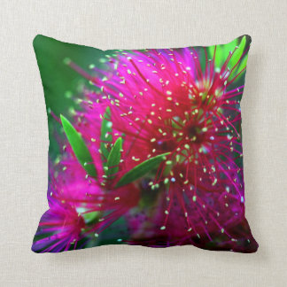 De kleurrijke Groene Bloemen van het Neon van de Sierkussen