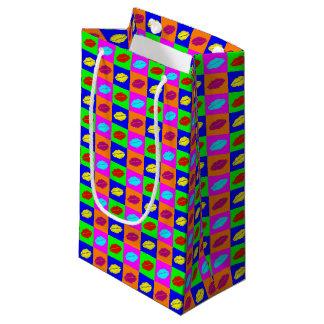 De kleurrijke kus van de pop-artlippenstift klein cadeauzakje
