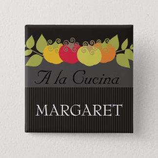 De kleurrijke naamplaatjes van de de vierkante button 5,1 cm