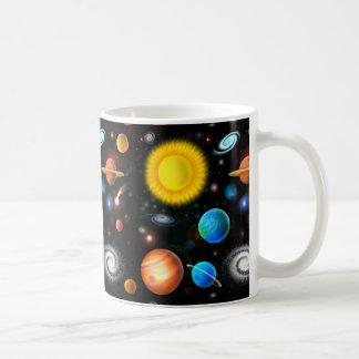 De kleurrijke RuimteMok van de Astronomie van het Koffiemok