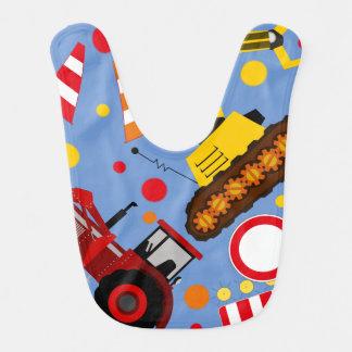 De kleurrijke tractor en bulldozerjongen van het baby slabbetje
