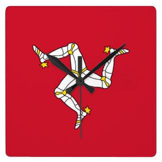 De Klok van de muur met de Vlag van het Eiland