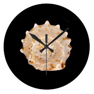 De Klok van de Muur van Shell van de kroonslak