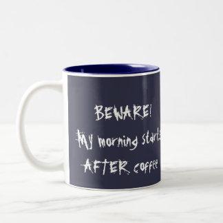 De Koffie van de ochtend Tweekleurige Koffiemok