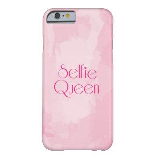 De Koningin van Selfie Barely There iPhone 6 Hoesje