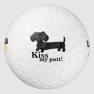 De Kus van de tekkel mijn Hond van het Worstje van Golfballen