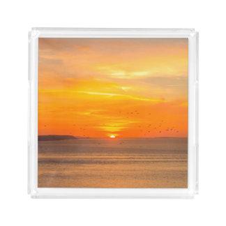 De Kust van de zonsondergang met Oranje Zon en Acryl Dienblad