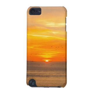 De Kust van de zonsondergang met Oranje Zon en iPod Touch 5G Hoesje