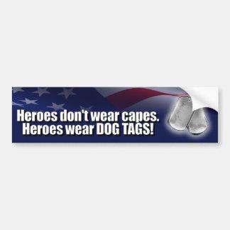 De Labels van de Hond van de Slijtage van helden Bumpersticker