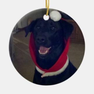 De Labrador van Kerstmis Rond Keramisch Ornament