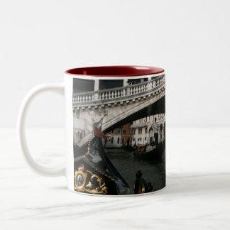De Lagune van de Gondels van Venetië van de Brug Tweekleurige Koffiemok