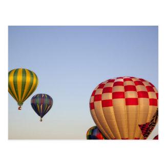 De lancering van hete luchtballons 3 briefkaart