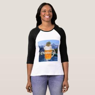 De leuke Bergen van Oktoberfest van de T Shirt