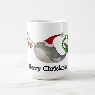 De leuke Narwal van Kerstmis Koffiemok