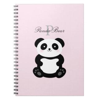 De leuke Panda van het Baby Girly draagt Monogram Ringband Notitieboek