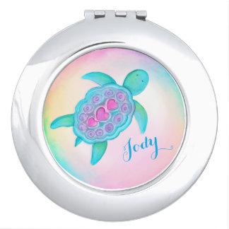 De leuke shell van schildpadharten compacte make-up spiegel