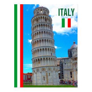 De leunende Toren van Pisa en de Italiaanse Vlag Briefkaart