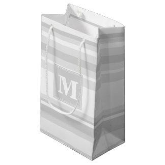 De lichtgrijze strepen van het monogram klein cadeauzakje