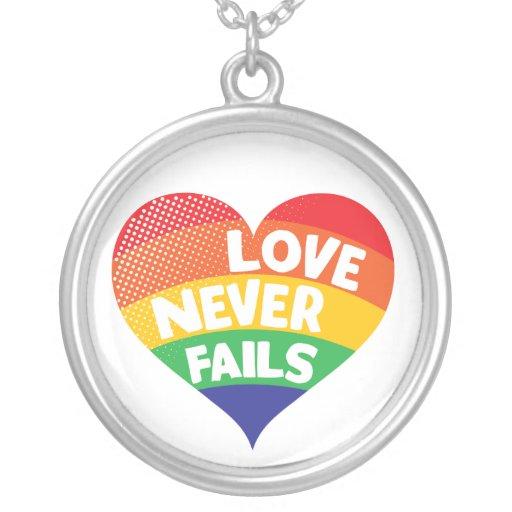 De liefde ontbreekt nooit Ketting