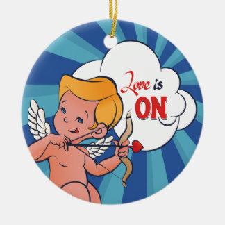 De Liefde van de de schutterdraai van de Cupido is Rond Keramisch Ornament