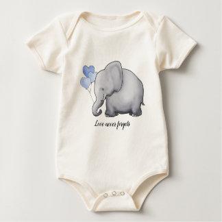 De liefde vergeet nooit de Schattige Olifant van Baby Shirt