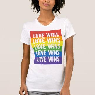 De liefde wint - houd van de Vlag van de Regenboog T Shirt