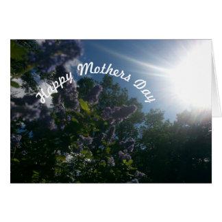 De lila bloemen van de moederdag wenskaart