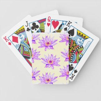 de lotusbloem bloemen romen met inkt besmeurd af poker kaarten