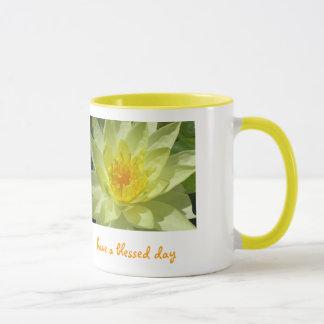 de lotusbloem, heeft een heilige dag mok