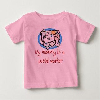 De mama is een Post het babyt-shirt van de Baby T Shirts