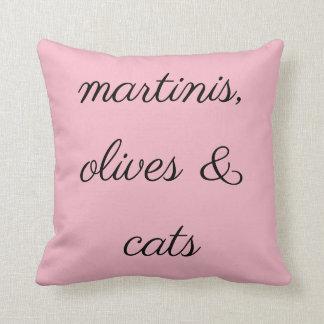 De martini, de Olijven & de Katten werpen Sierkussen