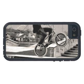 De Meester van Wheelie - Fietser BMX Tough Xtreme iPhone 5 Hoesje