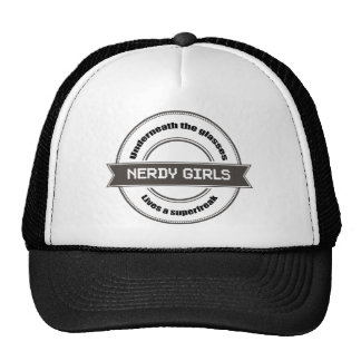 De Meisjes van Nerdy Mesh Petten