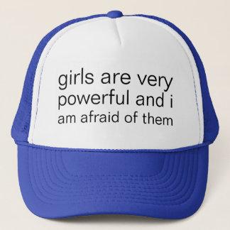 de meisjes zijn zeer krachtig en ik ben zeer bang trucker pet