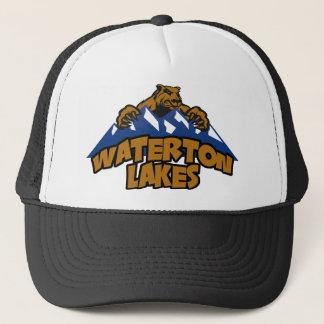 De Meren van Waterton dragen Berg Trucker Pet