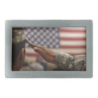 De militair groet de Vlag van Verenigde Staten Gespen