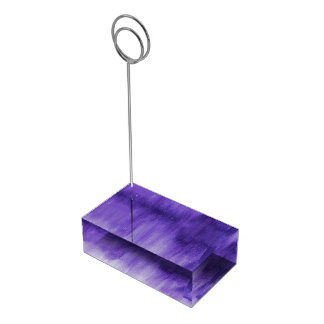 De moderne kunst van het ultraviolette paarse tafelnummer houder