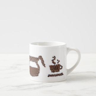 De mok van de de boonespresso van de koffie